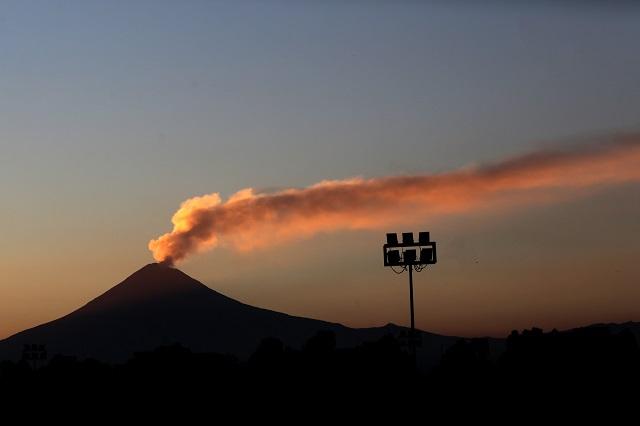 Alistan simulacro de evacuación ante actividad del volcán: SGG