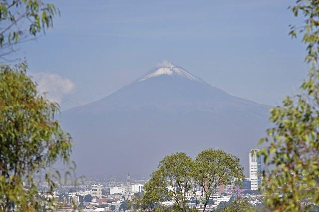 Desde explosión moderada del martes, Popocatépetl está en calma.