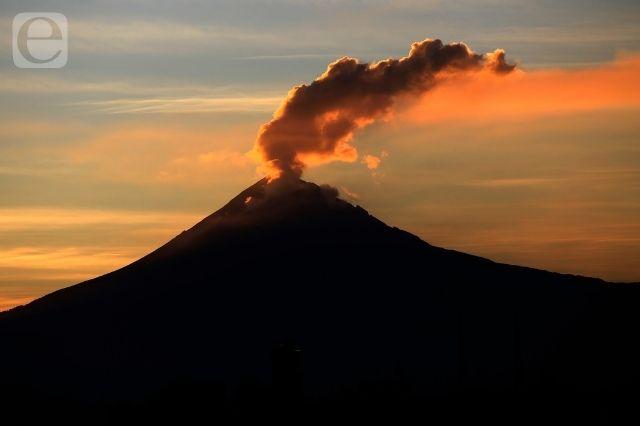 Registra volcán Popocatépetl 4 explosiones y un sismo