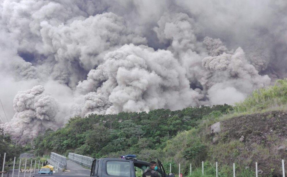 Vuelve a hacer erupción el Volcán de Fuego en Guatemala