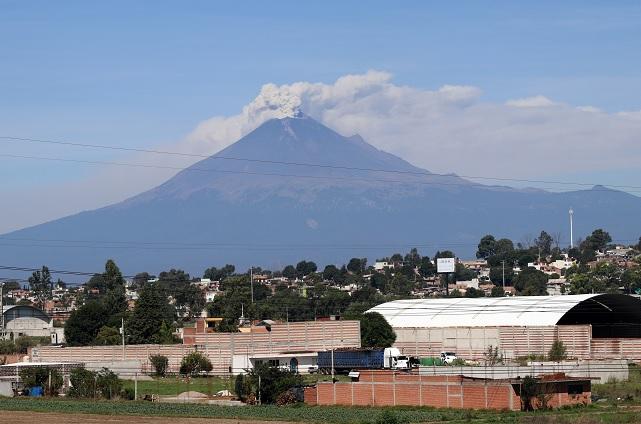 Explosión moderada en el Popocatépetl, esta madrugada