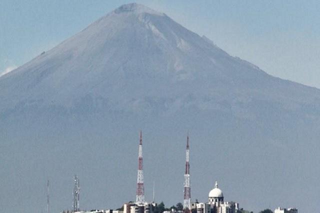 Prevén caída de ceniza en el noreste de Puebla