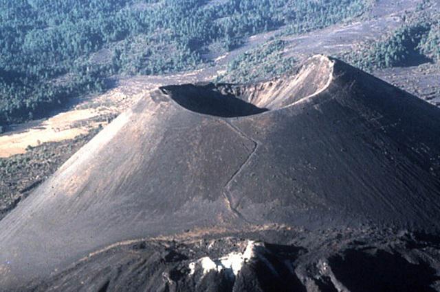 El Paricutín, el volcán con acta de nacimiento que cumplió 75 años