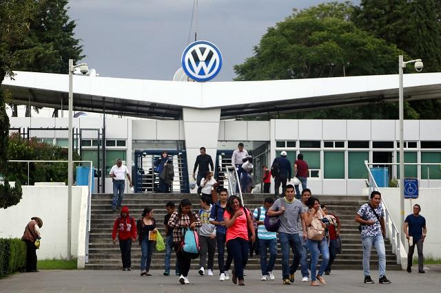 Se desvanece producción de Beetle y de Golf en Volkswagen