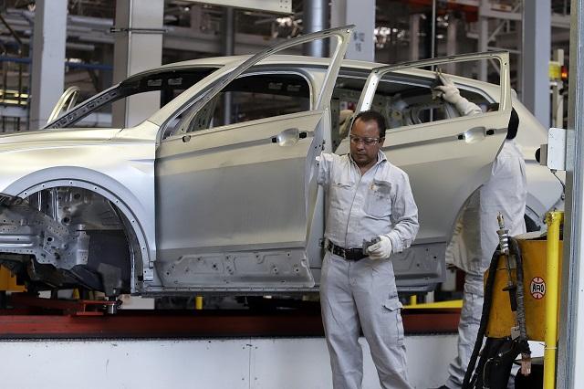 Primer paro técnico de 2020 en VW, en producción de Tiguan