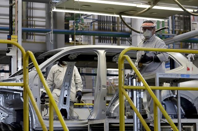 Llaman a revisar frenos en modelos VW hechos en Puebla