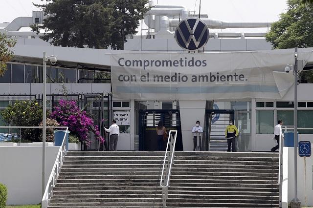 Volkswagen pagará sueldos al 65% durante todo junio