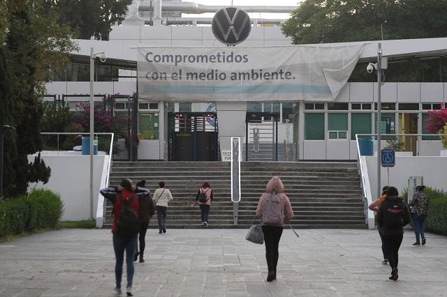 Proveedores reclaman pagos a plantas de VW y Audi en Puebla