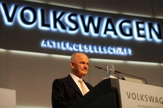 Por fraude ambiental, VW suspende reunión con sus accionistas