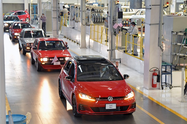VW pagará utilidades de 2015 a partir del 30 de abril: sindicato