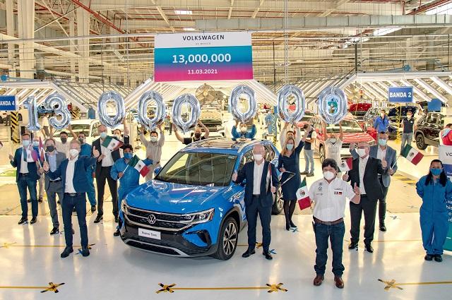 Produjo VW su vehículo número 13 millones en la planta de Puebla