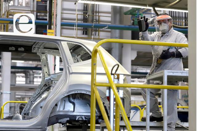 Extiende la VW paro en producción de la Tiguan