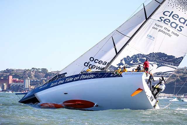 Volvo Ocean Race, Proas con rumbo al sur