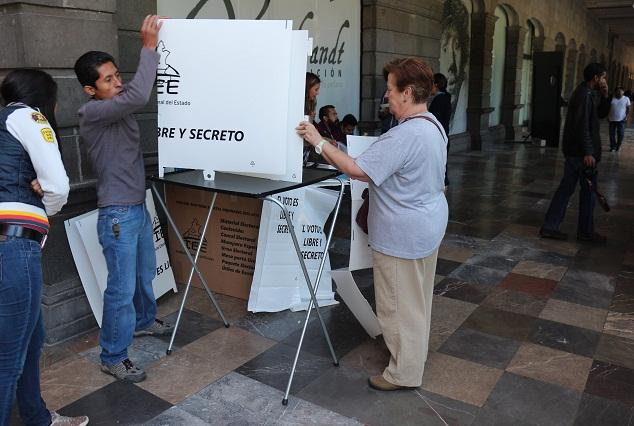 Observadores reportan compra de sufragios y acarreo de votantes