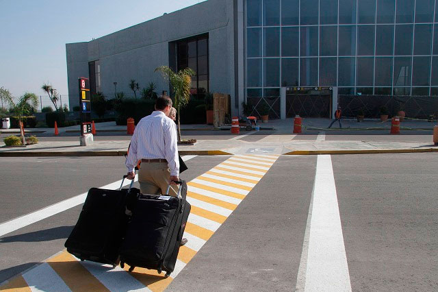 Dos vuelos semanales Puebla-Cancún por aerolínea económica