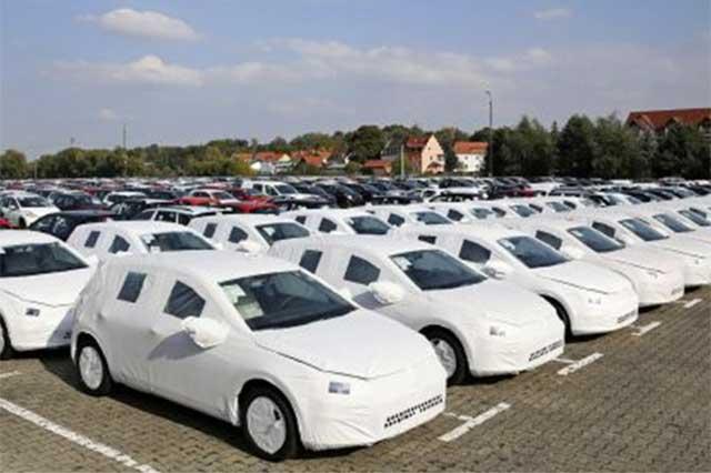 Volkswagen anulará las inversiones no esenciales
