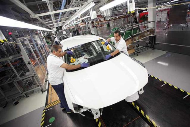 VW aún no tiene sanciones por daño ambiental, reporta Segob