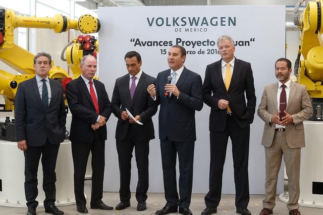 Recuperación de empleos en VW hasta 2017, prevé Karig