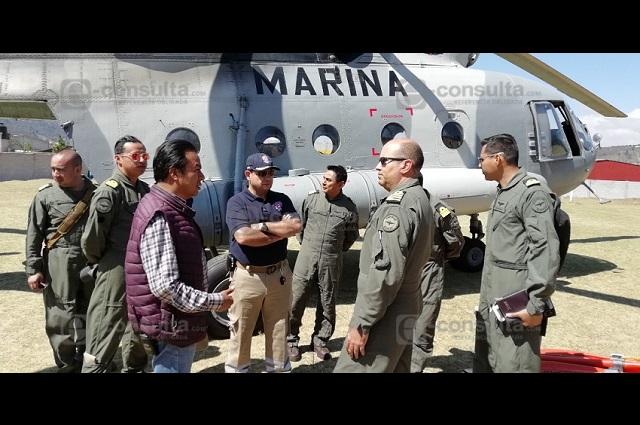 Apoya helicóptero de la Marina para sofocar incendio en Zautla
