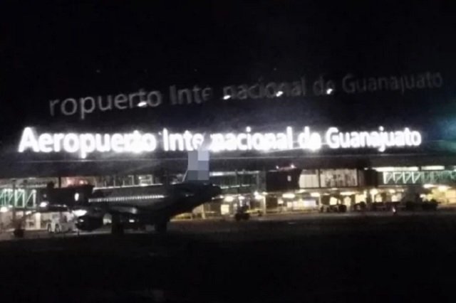 Comando roba 20 millones de pesos en el aeropuerto de Guanajuato