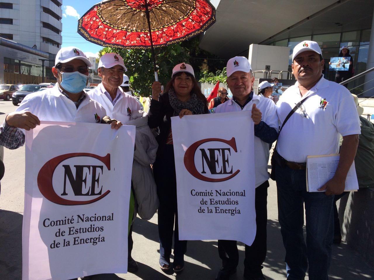 Petroleros protestan contra licitación de territorio para extracción