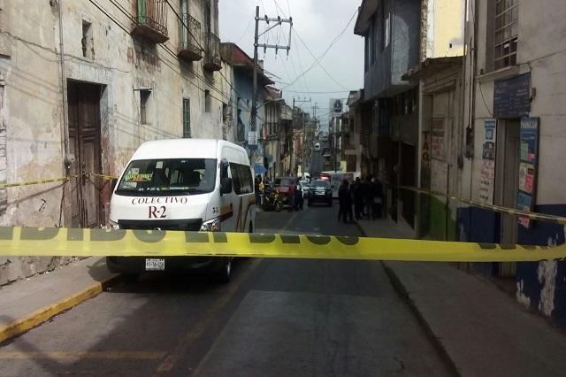 Ejecutan a pasajero de la Ruta 2 en pleno centro de Teziutlán