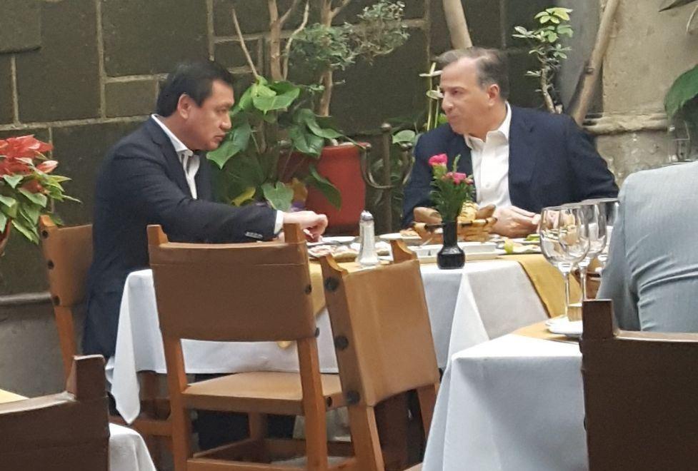 Meade y Osorio Chong se reúnen en la CDMX