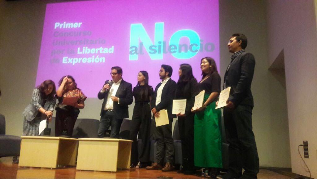 Trabajos Ibero sobre presiones a periodistas ganan premio nacional