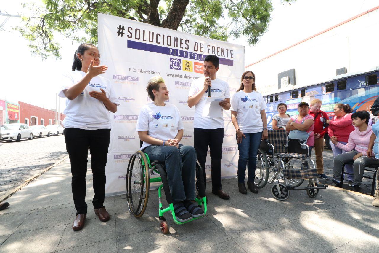 Ciudad sin obstáculos propone Lalo Rivera para personas con discapacidad