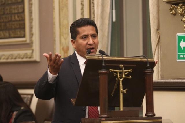 Plantean terminar con la entrega de notarías a discreción en Puebla