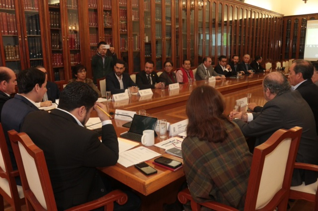 Escuchan en Congreso propuestas y demandas de cámaras empresariales