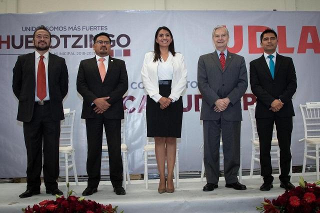 Lanzan convocatoria para becas del convenio entre Huejotzingo y UDLAP