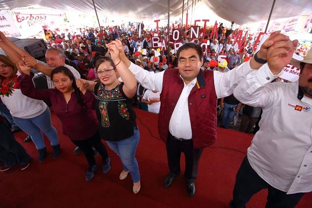 Hacer de Casa Puebla un Centro Cultural, ofrece Barbosa Huerta