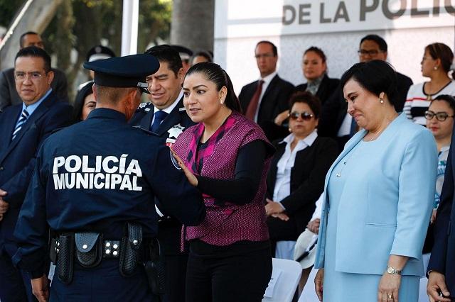 Recursos para seguridad y más salario a policías, anuncia Rivera