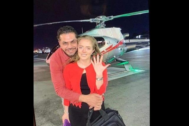 En helicóptero, edil de Tehuacán pide matrimonio a su directora de Cultura