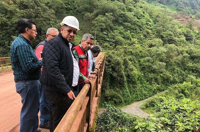 Rehabilitarán 102 km de la carretera Interserrana en Puebla