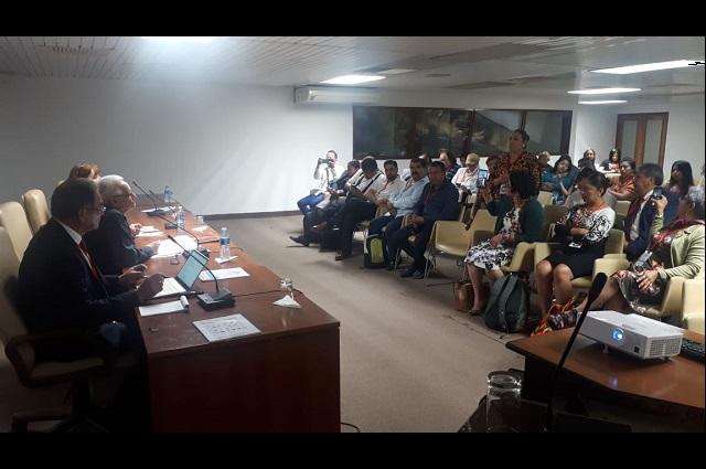 Participa Melitón Lozano en Congreso en Cuba