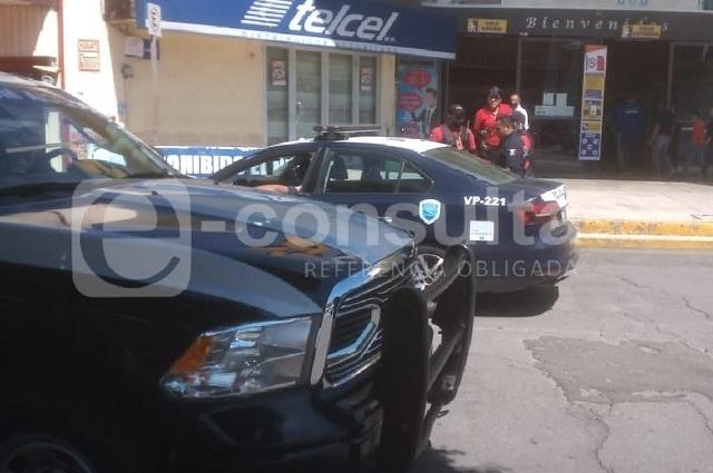 Comando roba celulares de Telcel de Plaza Loreto