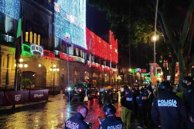Policías y PC evalúan daños en  Puebla tras sismo de 7.1