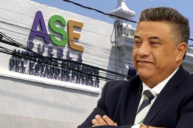 Diputados ven posible remoción o renuncia del auditor Romero Serrano