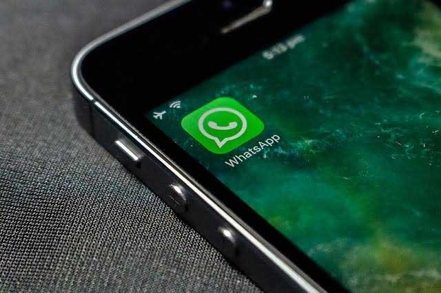 Aprovechan caída de WhatsApp para propagar mensaje y robar datos