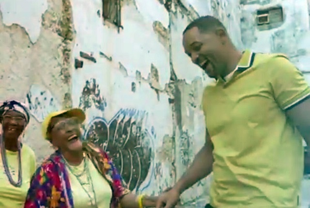 Video de Will Smith en Cuba bailando con ancianas es viral