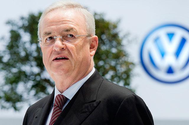 VW mantiene en nómina a ex director para no indemnizarlo