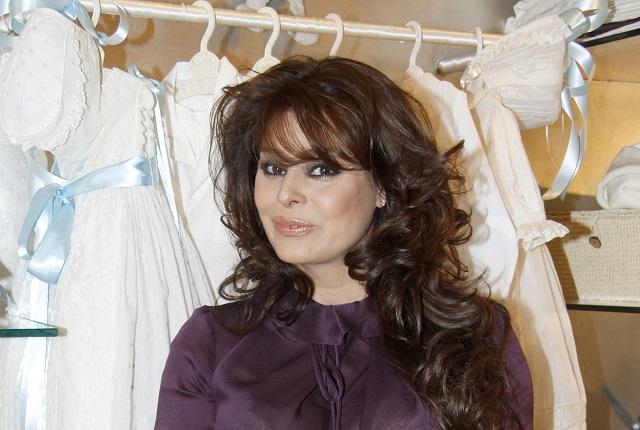 Captan a Yadhira Carrillo saliendo de Televisa