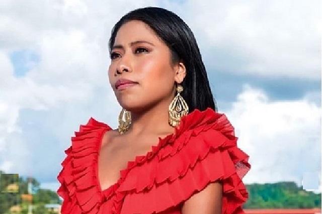Yalitza Aparicio regresa a casa y escribe una carta que publica Vogue
