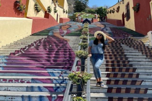 Yalitza Aparicio realiza tour por Puebla