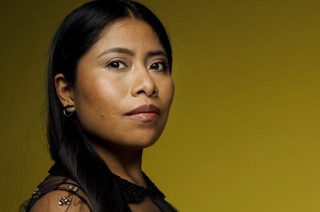 De actriz a escritora: Yalitza Aparicio publica en revista Vogue