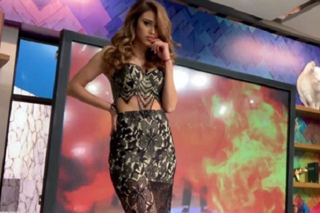 Yanet García seduce con ajustado minivestido