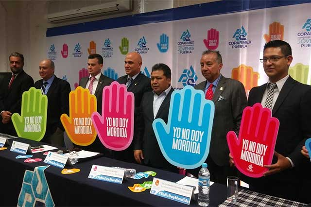 Jóvenes empresarios lanzan la campaña Yo no doy mordidas