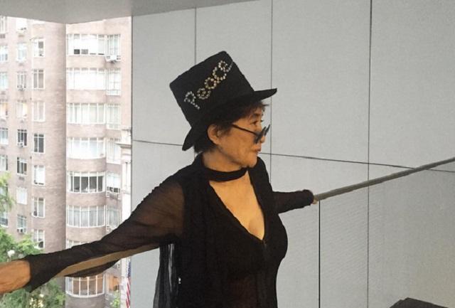 Yoko Ono asegura que John Lennon era bisexual